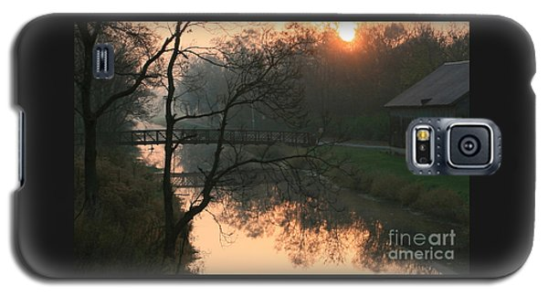 Sun Above The Trees Galaxy S5 Case