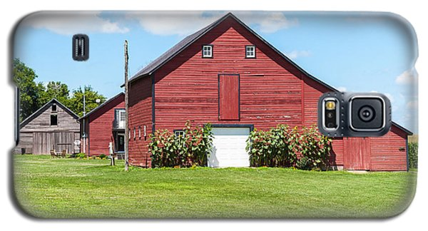 Galaxy S5 Case featuring the photograph Sun Flower Barn by Edward Peterson