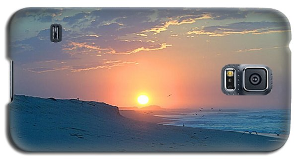Galaxy S5 Case featuring the photograph Sun Glare by  Newwwman