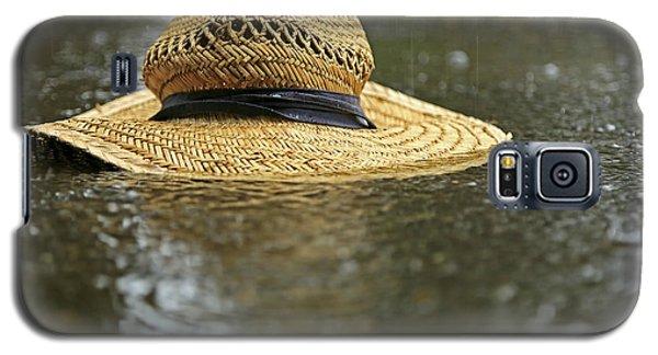 Sun Hat In The Rain Galaxy S5 Case