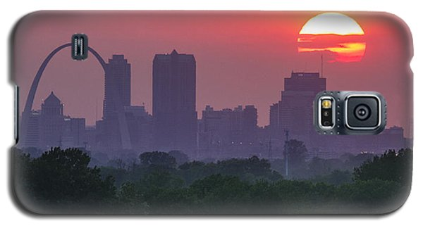 Sun Setting Over St Louis Galaxy S5 Case by Garry McMichael