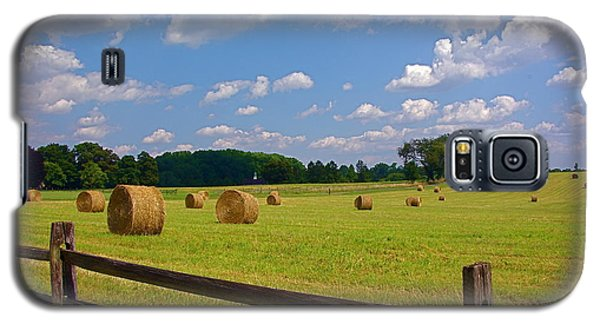 Galaxy S5 Case featuring the photograph Sun Shone Hay Made by Byron Varvarigos