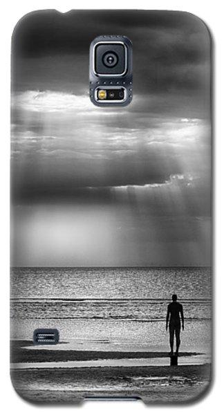 Sun Through The Clouds Bw 11x14 Galaxy S5 Case