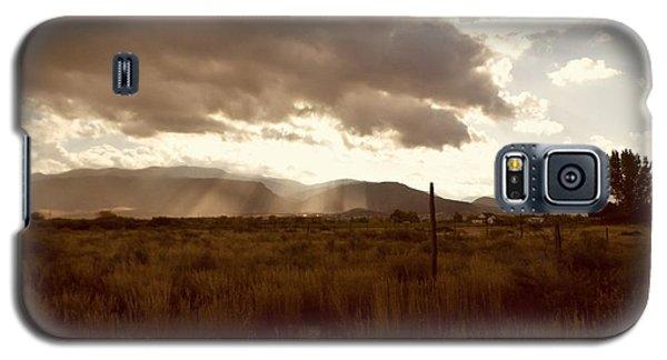 Sun Beams Over The Mountain Galaxy S5 Case