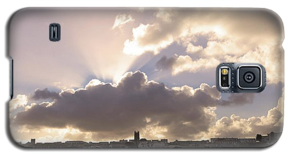 Galaxy S5 Case featuring the photograph Sunbeams Over Church In Color by Nicholas Burningham
