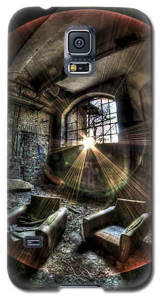 Sunburst Sofas Galaxy S5 Case by Nathan Wright