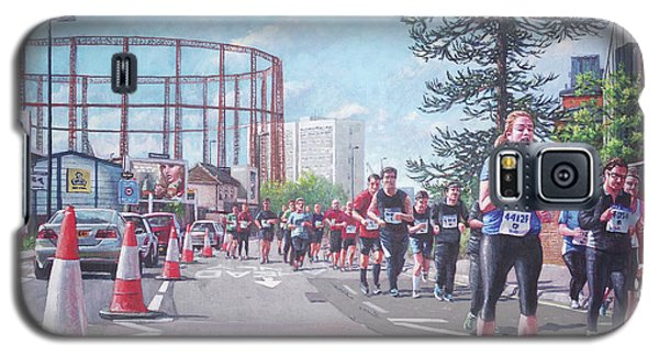 Galaxy S5 Case featuring the painting Sunday Morning Abp Marathon. Northam, Southampton  by Martin Davey