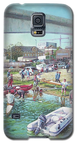 Galaxy S5 Case featuring the painting Sunday Morning Rowing At Itchen Bridge, Southampton  by Martin Davey
