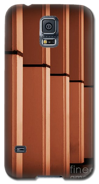 Galaxy S5 Case featuring the photograph Sunkissed Pillars by Baggieoldboy