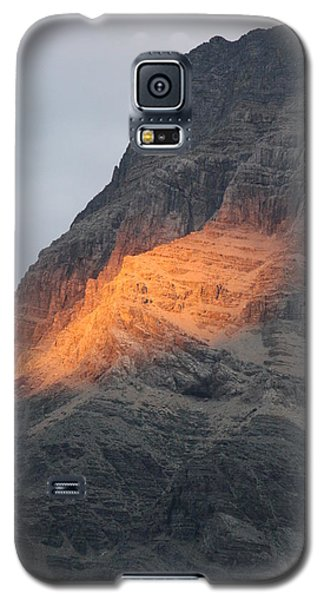 Galaxy S5 Case featuring the photograph Sunlight Mountain by Mary Mikawoz
