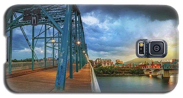 Sunlight Thru Rain Over Chattanooga Galaxy S5 Case