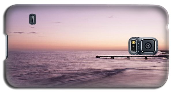 Galaxy S5 Case featuring the photograph Sunrise At Busselton by Ivy Ho