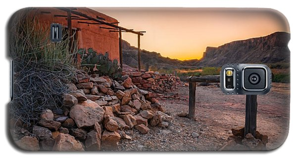 Galaxy S5 Case featuring the photograph Sunrise At Contrabando by Allen Biedrzycki