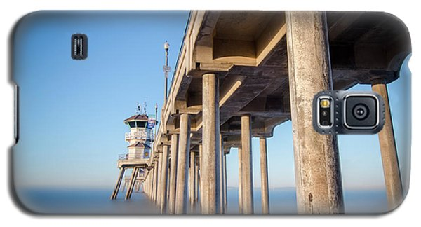 Galaxy S5 Case featuring the photograph Sunrise At Huntington Beach Pier by Sean Foster