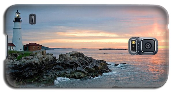 Galaxy S5 Case featuring the photograph Sunrise At Portland Head Lighthouse by Alana Ranney