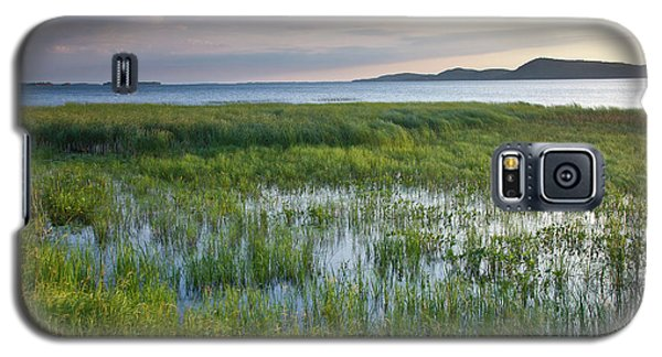 Galaxy S5 Case featuring the photograph Sunrise At Sandbar  by Susan Cole Kelly