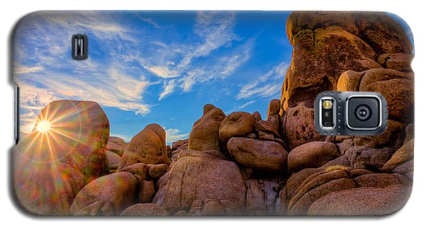 Galaxy S5 Case featuring the photograph Sunrise At Skull Rock by Rikk Flohr