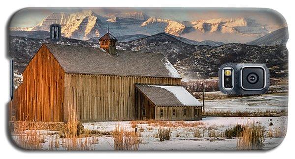 Sunrise At Tate Barn Galaxy S5 Case