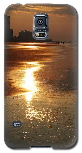 Sunrise At The Beach Galaxy S5 Case