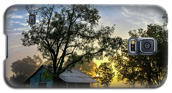 Sunrise At The Farm Galaxy S5 Case by George Randy Bass