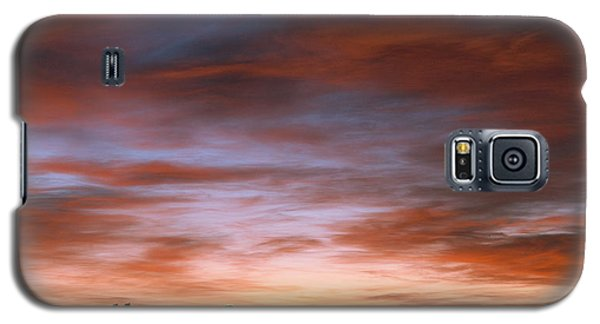 Galaxy S5 Case featuring the photograph Sunrise At The Farm by Monte Stevens