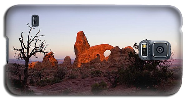 Sunrise At Tower Arch Galaxy S5 Case
