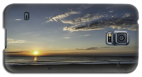 Galaxy S5 Case featuring the photograph Sunrise Beach Oc by Jim Moore