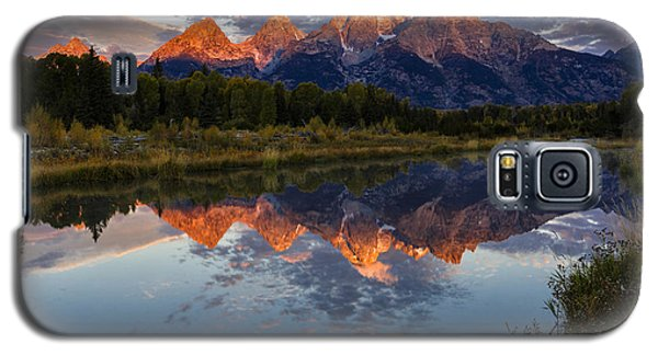 Sunrise Burning II Galaxy S5 Case by Mike Lang