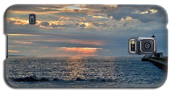 Sunrise In Duluth Galaxy S5 Case