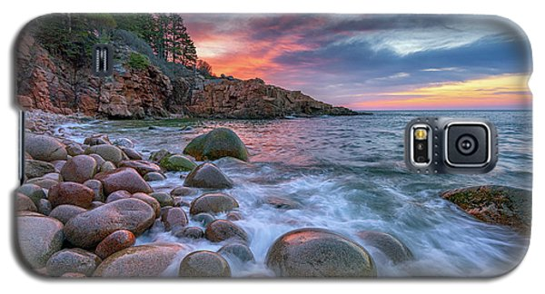Sunrise In Monument Cove Galaxy S5 Case by Rick Berk
