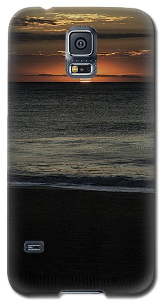 Galaxy S5 Case featuring the photograph Sunrise Ocean City by Jim Moore