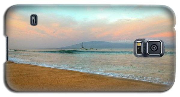 Galaxy S5 Case featuring the photograph Sunrise On Ka'anapali by Kelly Wade
