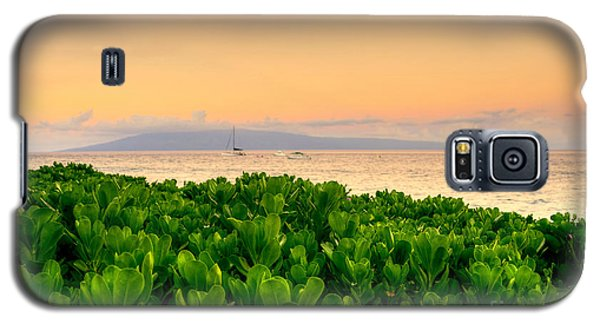 Galaxy S5 Case featuring the photograph Sunrise On Maui by Kelly Wade