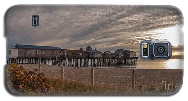 Sunrise On The Empty Beach Galaxy S5 Case