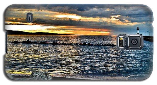 Sunrise On The Rocks Galaxy S5 Case