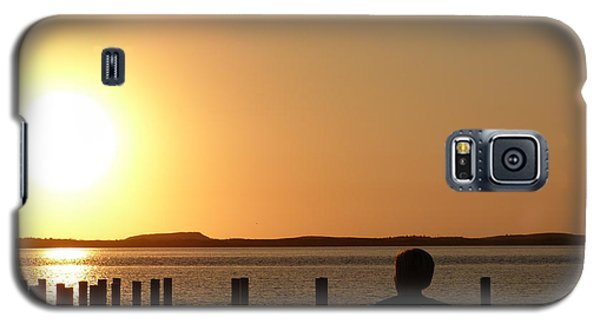 Galaxy S5 Case featuring the photograph Sunrise Over Assateaque by Donald C Morgan
