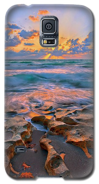 Sunrise Over Carlin Park In Jupiter Florida Galaxy S5 Case by Justin Kelefas