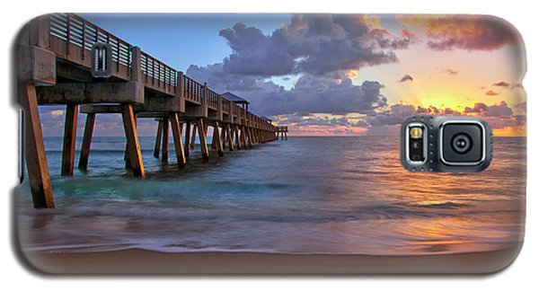 Sunrise Over Juno Beach Pier In Florida Galaxy S5 Case