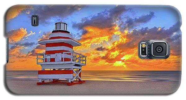 Sunrise Over Lifegaurd Stand On South Miami Beach  Galaxy S5 Case