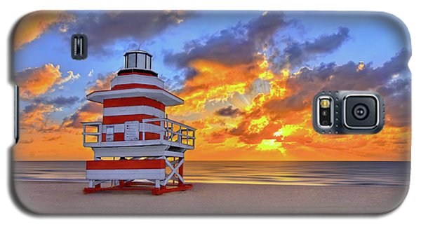 Sunrise Over Lifegaurd Stand On South Miami Beach  Galaxy S5 Case by Justin Kelefas