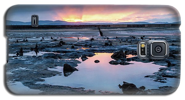 Sunrise Over The Bronze Age Sunken Forest At Borth On The West Wales Coast Uk Galaxy S5 Case