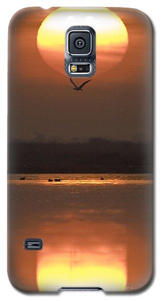 Sunrise Reflection Galaxy S5 Case