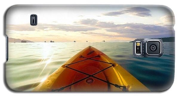 Sunrise Seascape Kayak Adventure Galaxy S5 Case
