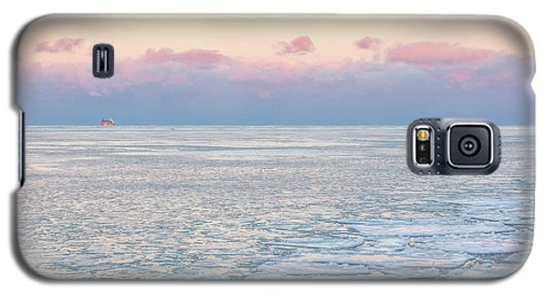 Sunset Across The Frozen Lake Galaxy S5 Case