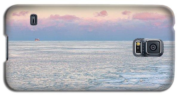 Sunset Across The Frozen Lake Galaxy S5 Case