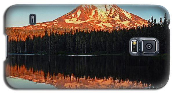 Galaxy S5 Case featuring the photograph Sunset And Sunrise Mt Adams by Jack Moskovita
