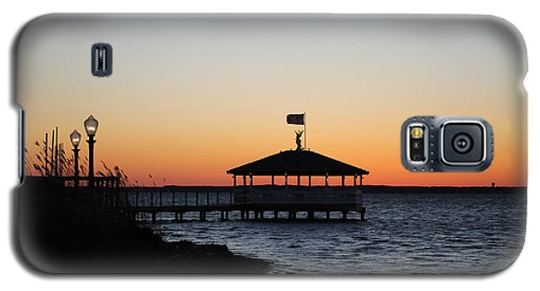 Sunset At Fagers Island Gazebo Galaxy S5 Case by Robert Banach