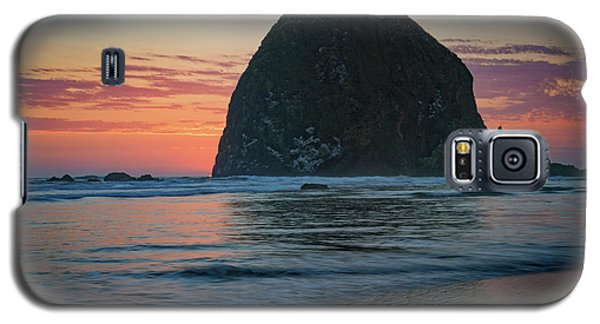 Galaxy S5 Case featuring the photograph Sunset At Haystack Rock by Rick Berk
