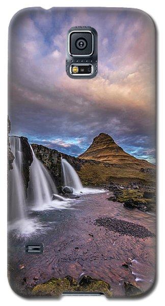 Sunset At Kirkjufellsfoss Galaxy S5 Case