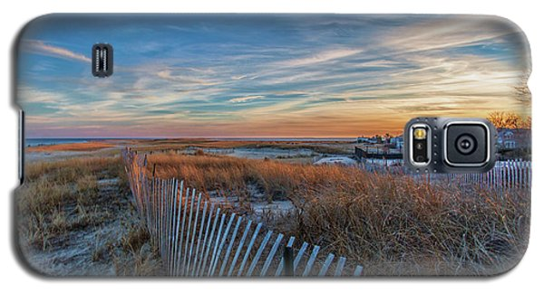 Sunset At Lighthouse Beach In Chatham Massachusetts Galaxy S5 Case